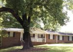 Foreclosed Home en RIVERBROOK RD, Decatur, GA - 30035