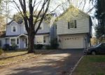 Foreclosed Home en BLUEBERRY HILL RD, Weston, CT - 06883