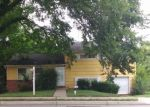 Foreclosed Home en MILFORD MILL RD, Windsor Mill, MD - 21244