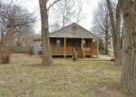 Foreclosed Home en S GRANT AVE, Springfield, MO - 65807