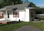 Foreclosed Home en MY LN, Stuarts Draft, VA - 24477