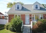 Foreclosed Home en ARION RD, Parkville, MD - 21234