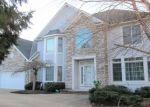 Foreclosed Home en RIDGECLIFF DR, Solon, OH - 44139