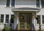 Foreclosed Home en E C ST, Iron Mountain, MI - 49801