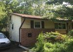 Foreclosed Home en REGENCY RD, Woodbridge, VA - 22191