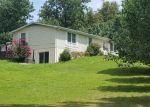 Foreclosed Home en CRYSTAL CREEK LN, Manassas, VA - 20112