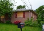 Foreclosed Home en CEDAR DR, Suitland, MD - 20746