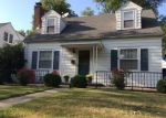 Foreclosed Home en W BARKER AVE, Peoria, IL - 61604