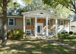 Foreclosed Home en N MERRIMAC AVE, Peoria, IL - 61614