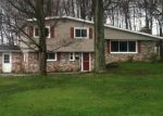 Foreclosed Home en COLLINS DR, Albion, PA - 16401