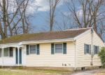 Foreclosed Home en SEDGEWICK ST, Huntington Station, NY - 11746