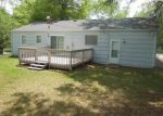 Foreclosed Home en SKILES AVE, Kansas City, MO - 64134