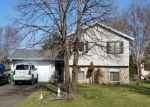 Foreclosed Home en WASHBURN AVE N, Minneapolis, MN - 55444