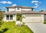 Foreclosed Home en SHADOW LAKES DR, Lehigh Acres, FL - 33974
