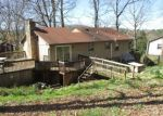 Foreclosed Home en FLINT DR, Christiansburg, VA - 24073