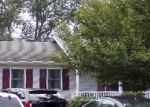 Foreclosed Home en BEL VOI DR, Berryville, VA - 22611