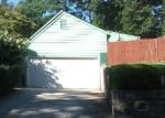 Foreclosed Home en LOST CREEK CIR, Stone Mountain, GA - 30088