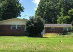 Foreclosed Home en N BLUE ANGEL PKWY, Pensacola, FL - 32526