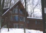 Foreclosed Home en FORREST HILL DR, Bethlehem, PA - 18015