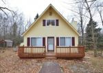 Foreclosed Home en MAGNOLIA DR, Gouldsboro, PA - 18424