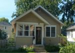 Foreclosed Home en EDMUND AVE, Saint Paul, MN - 55104
