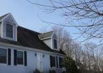 Foreclosed Home en N MOODUS RD, Moodus, CT - 06469