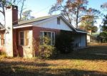 Foreclosed Home en CRARY RD, Century, FL - 32535