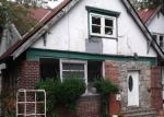 Foreclosed Home en WELLESLEY AVE, Yonkers, NY - 10705