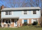 Foreclosed Home en MATTAPONY DR, Woodbridge, VA - 22193