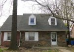 Foreclosed Home en N SPRINGFIELD RD, Clifton Heights, PA - 19018
