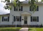 Foreclosed Home en E EDGEWOOD AVE, New Castle, PA - 16105