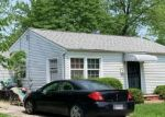 Foreclosed Home en GREENVALE RD, Cleveland, OH - 44121