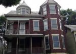 Foreclosed Home en W MADISON ST, Easton, PA - 18042