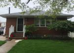 Foreclosed Home en CLEMENT AVE, Elmont, NY - 11003