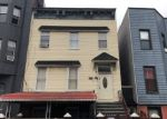 Foreclosed Home en SCHAEFER ST, Brooklyn, NY - 11207