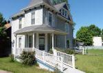 Foreclosed Home en S 2ND ST, De Soto, MO - 63020