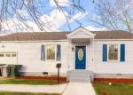 Foreclosed Home en W BAYBERRY CT, Hampton, VA - 23669