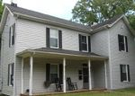 Foreclosed Home en E BROAD ST, Blackstone, VA - 23824