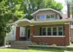 Foreclosed Home en E CORRINGTON AVE, Peoria, IL - 61603