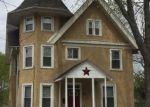 Foreclosed Home en W BROAD ST, Telford, PA - 18969
