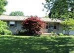 Foreclosed Home en EDISON DR, Saint Joseph, MI - 49085