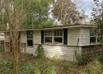 Foreclosed Home en TROUT RIVER BLVD, Jacksonville, FL - 32208