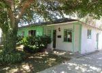Foreclosed Home en ELM AVE, Lancaster, CA - 93534