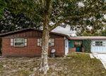 Foreclosed Home en SIGSBEE RD, Orange Park, FL - 32073