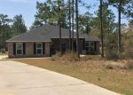 Foreclosed Home en WELANNEE BLVD, Laurel Hill, FL - 32567