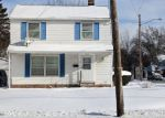 Foreclosed Home en S GREEN RD, Cleveland, OH - 44121