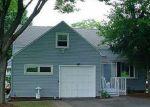 Foreclosed Home en RIDGEWOOD DR, Syracuse, NY - 13206