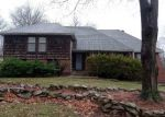 Foreclosed Home en NW 12TH ST, Blue Springs, MO - 64015