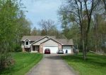 Foreclosed Home en 253RD ST, Chisago City, MN - 55013