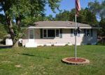 Foreclosed Home en TERRACE RD NE, Minneapolis, MN - 55434